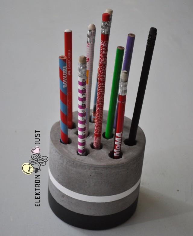 cement_pencil_case